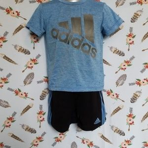 Boys Adidas outfit sporty